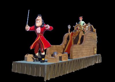 24 Peter Pan y Capitán garfio